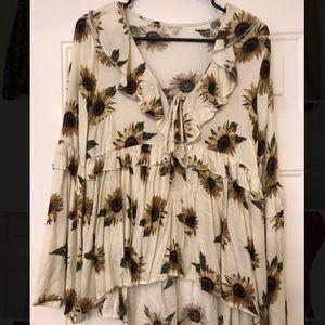 Taylor & Sage sunflower Bell Sleeve Blouse